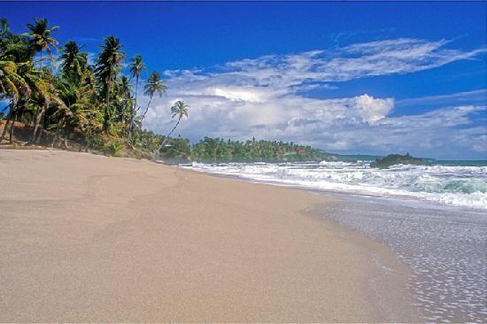 Chateau Guillaumme: Wonderful beaches in Trinidad