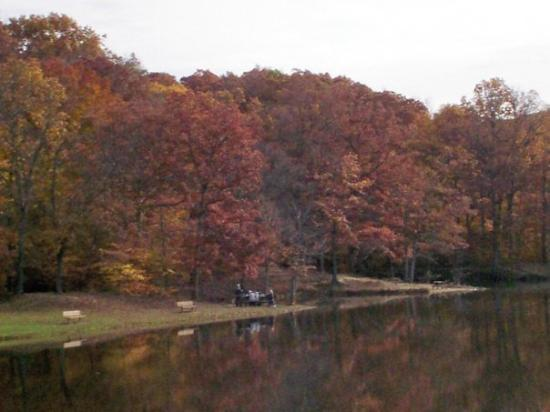 Nashville, IN: Ogle Lake
