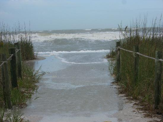 West Wind Inn: tropical storm in 2007