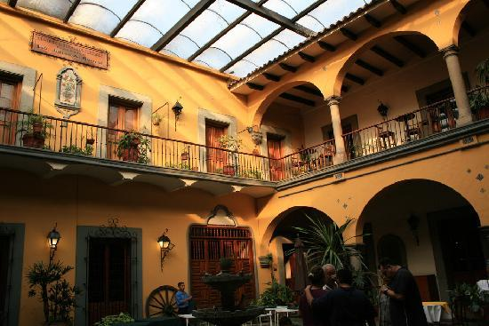 Cordoba, Mexico: patio de cevalloz