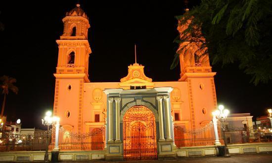 Cordoba, Messico: catedral de noche