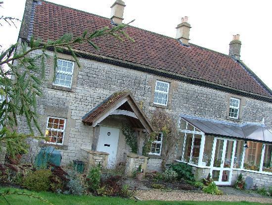 School Cottages Bed & Breakfast: School Cottages