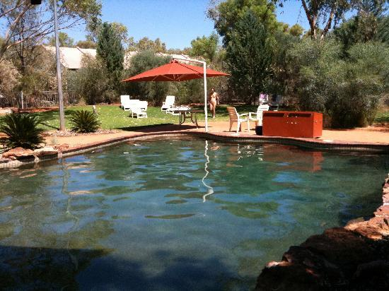 Kings Canyon Resort: Pool