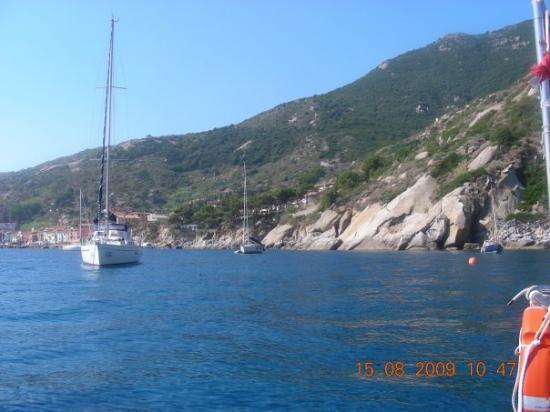 Talamone, Italy: isola del giglio, gabbianara (credo)