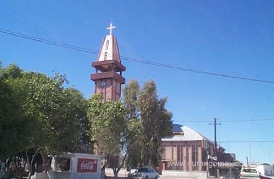 Torre Iglesia, Tlahualilo, Dgo.