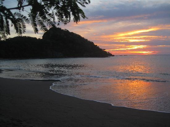 Playa Gigante, Nikaragua: Giant's Foot Sunset