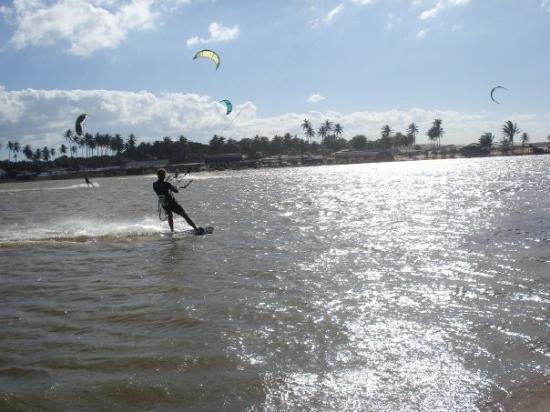 Cumbuco, CE: Kite-Surf a lagoa