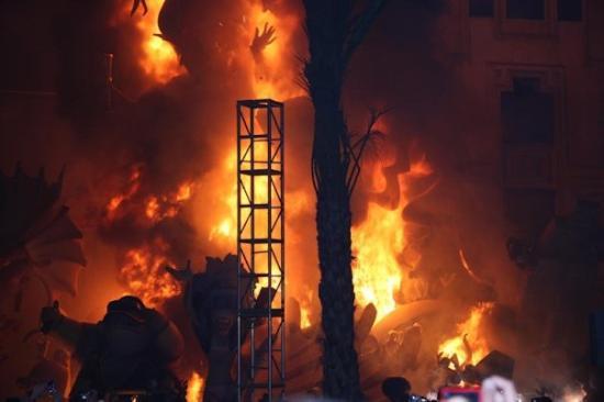 Museo de las Fallas: after they set it on fire #2