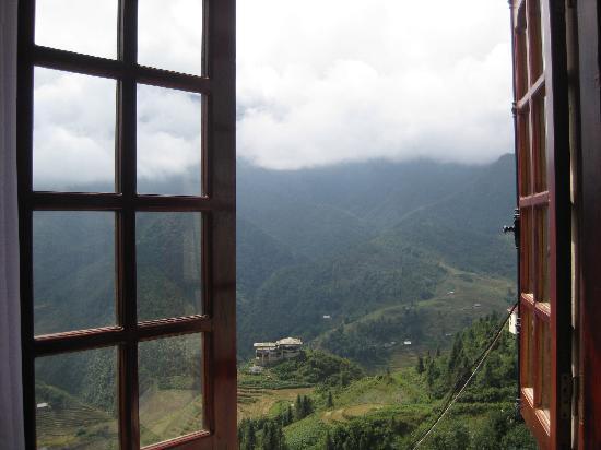 โรงแรมซาปาอีเดน: view from