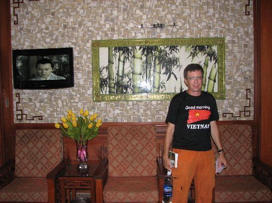 Prince II Hotel: reception area
