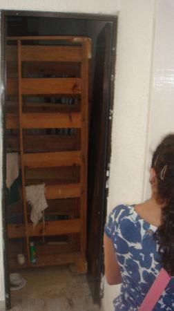 Las Perlas Condos : entrance of the room 199