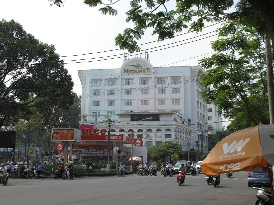 Metropole Hotel: Hotel front view