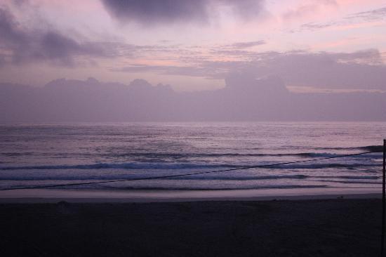 Residencial Goa: coucher de soleil sur la plage