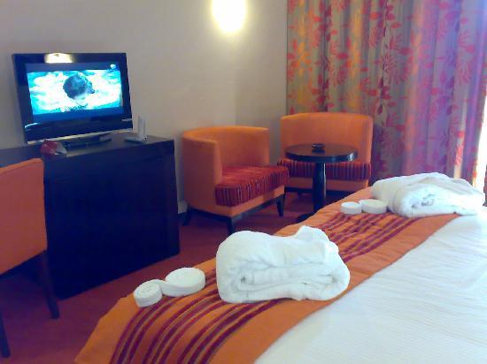 Palm Plaza Marrakech Hotel & Spa: habitación