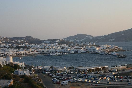 Omiros Hotel: View of town at sunset