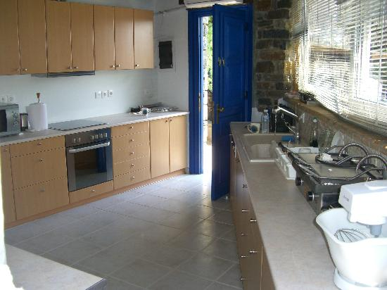 Paros Eden Park: the kitchen