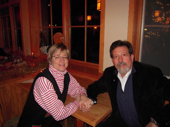 Kingfisher Restaurant & Wine Bar: Love the company