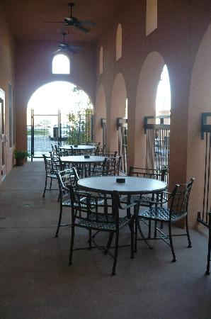 Residence Inn Killeen: Outdoor Dining Patio