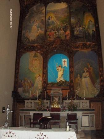 Barquisimeto, Venezuela: iglesia de santa rosa en donde esta la divina pastora.....