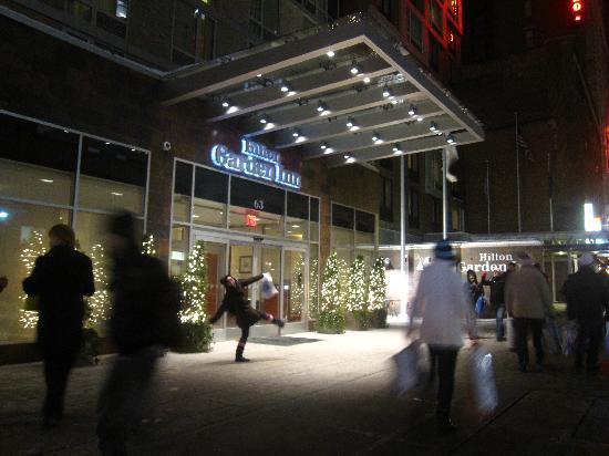 2 Doubles Room Picture Of Hilton Garden Inn New York West 35th Street New York City Tripadvisor