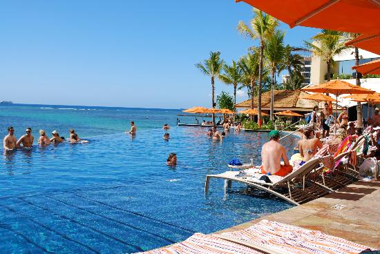 Sheraton Waikiki Edge Pool Overlooking The Ocean For 16yrs Older