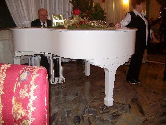 Hotel Abano Verdi Terme: Serata con piano bar