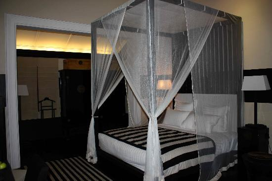 Paradise Road Tintagel Colombo: The superbly comfortable bed that you don't want to leave!