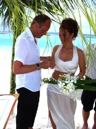 Vakarufalhi Island Resort: The ceremony