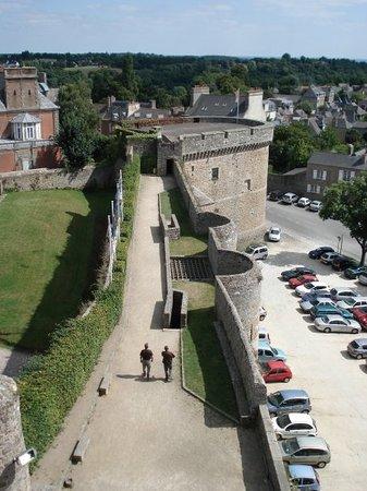 Château - Tour de Coëtquen