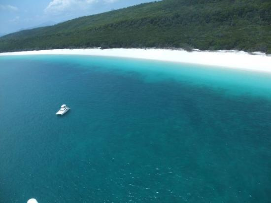 Whitehaven Beach : I'm in a helicopter, but I wouldn't mind being in that boat either!