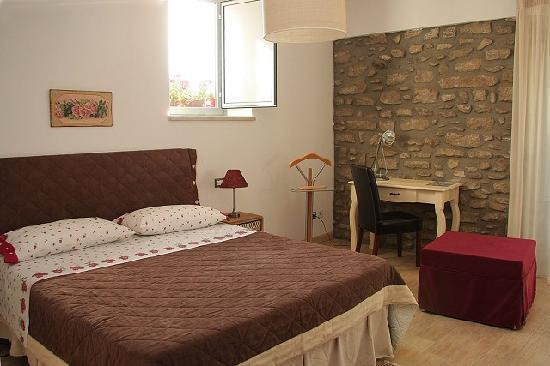 Bed & Breakfast Adriana: stanza matrimoniale