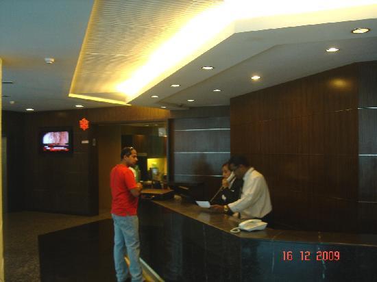 Grand Pacific Hotel Kuala Lumpur: Hotel Reception