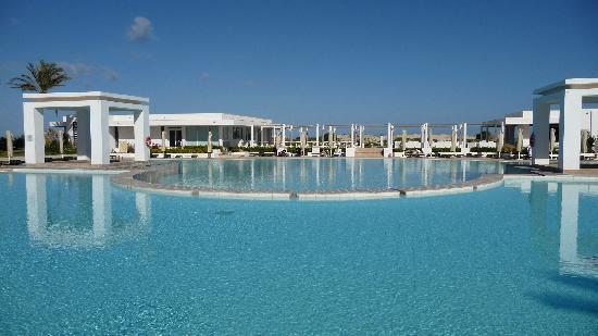 Radisson Blu Palace Resort & Thalasso, Djerba: vue des piscines