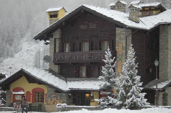 Photo of Hotel Ristorante De La Tor Cogne