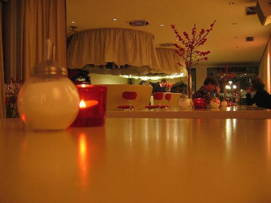 Hotel Drei Raben: The lobby
