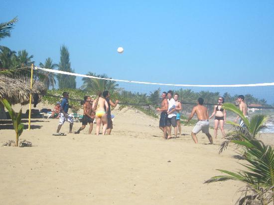 Hotel Celuisma Cabarete: volleyball on the beach!