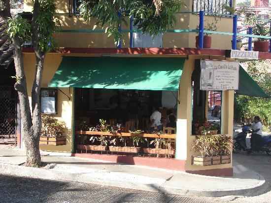 La Casa de la Pasta : View from Perez Gazga St.