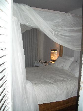 "Hotel Bastide de Lourmarin: The coziest, most comfortable bed I've ever slept in (""Romantic"" room)"