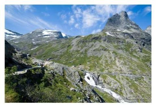 Molde, Norway: La Strada dei Troll dista sei ore di auto da Oslo e quattro da Trondheim.