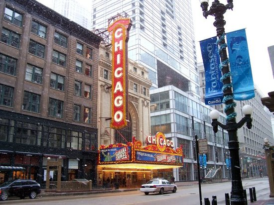 """The Chicago Theatre: Chicago, """"my kind of town!"""""""