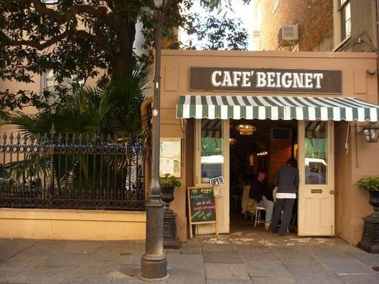 Cafe Beignet New Orleans 311 Bourbon St French Quarter