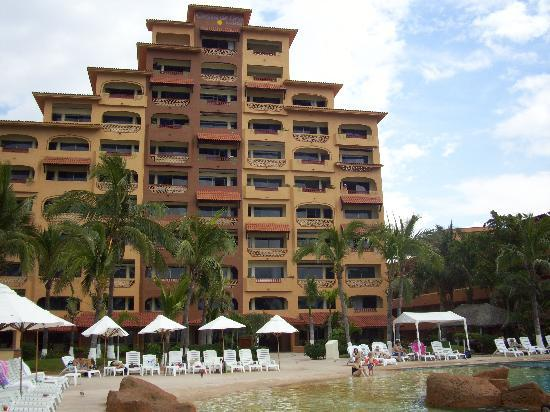 Costa de Oro Beach Hotel: A timehare tower