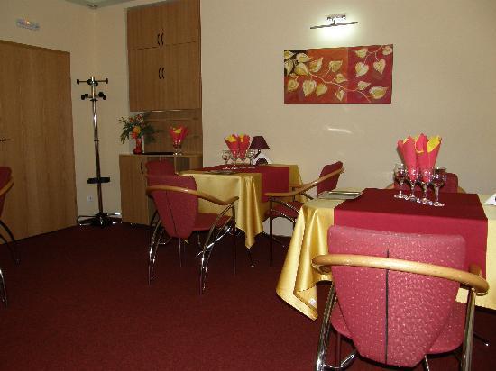 Hotel Ambient: Restaurant1