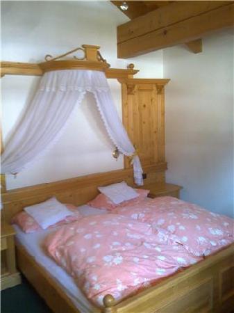 Garni Val De Costa: La camera..tutte molto ROMANTICHE!