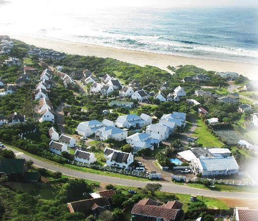 Cape St Francis Resort: Areal view of Estate