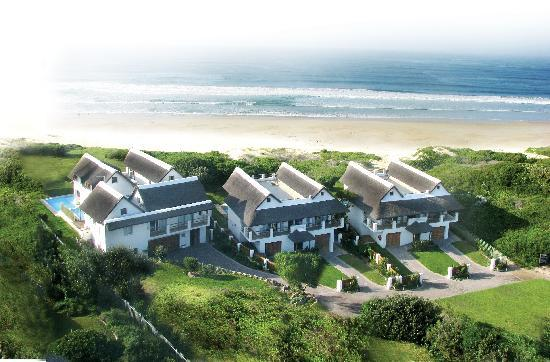 Cape St Francis Resort: Areal view Beach Break