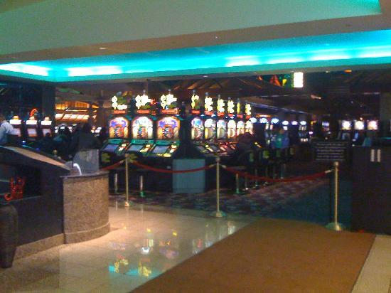 Seneca Niagara Resort & Casino : One of the casinos