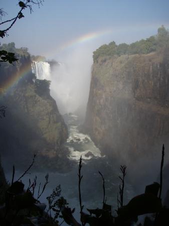 The Victoria Falls Hotel: cascate
