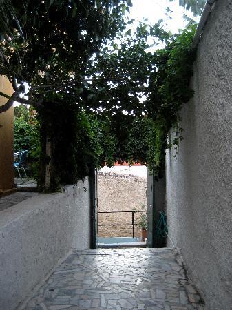 أندرياس: entrance
