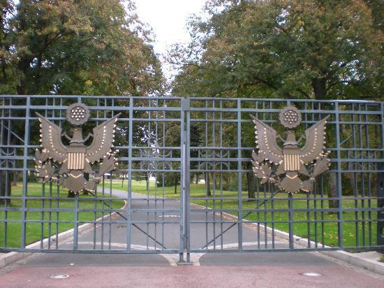 American Cemetery: Main Entrance